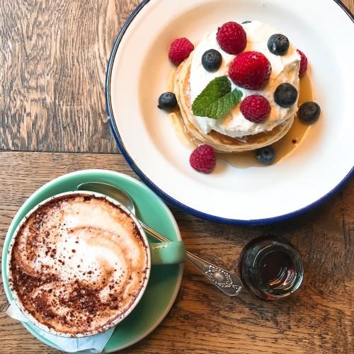 人気カフェスタグラマーに学ぶ、 東京都内のおすすめカフェとインスタ映えのコツ