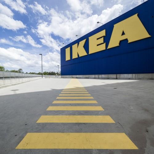 インスタで話題!IKEAの青いバッグでお馴染の「FRAKTA」人気に迫る!