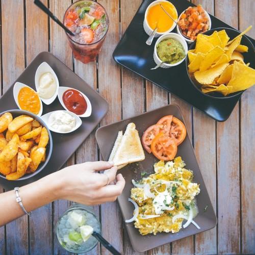 飲食店における集客のためのインスタグラム活用は「食アカ」がポイント