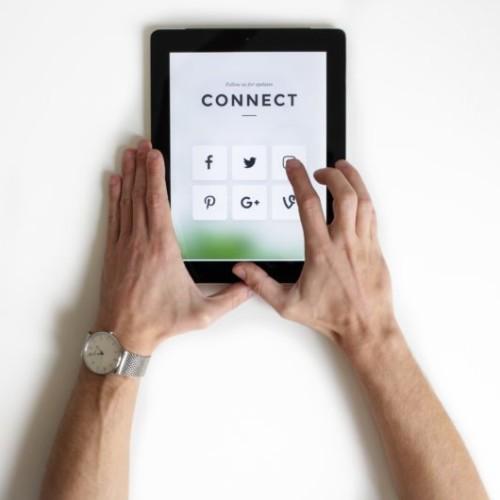 インスタグラムとフェイスブックを連携するメリットと活用法