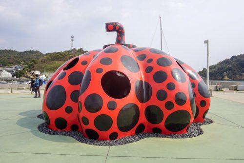 香川県直島の「南瓜」の写真